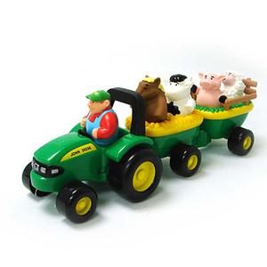 """John Deere """"Animal Sounds"""" Hay Ride"""